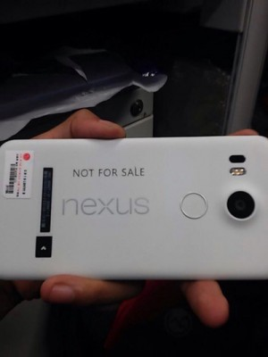 lgnexus52015handsonleak-630x840