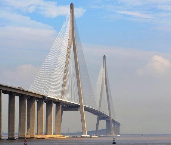 Sutong_Yangtze_River_Bridge-1024x865 (1)