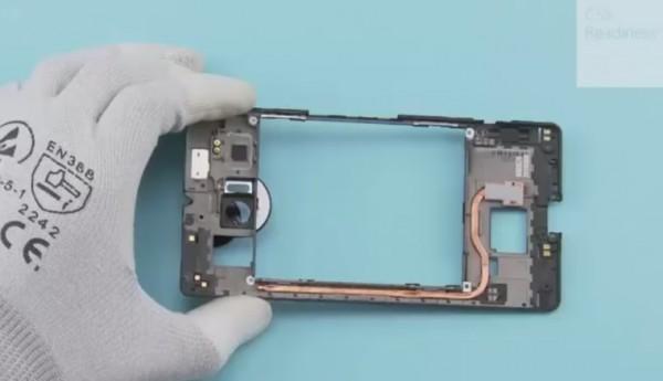 lumia-950-xl-teardown-01_story