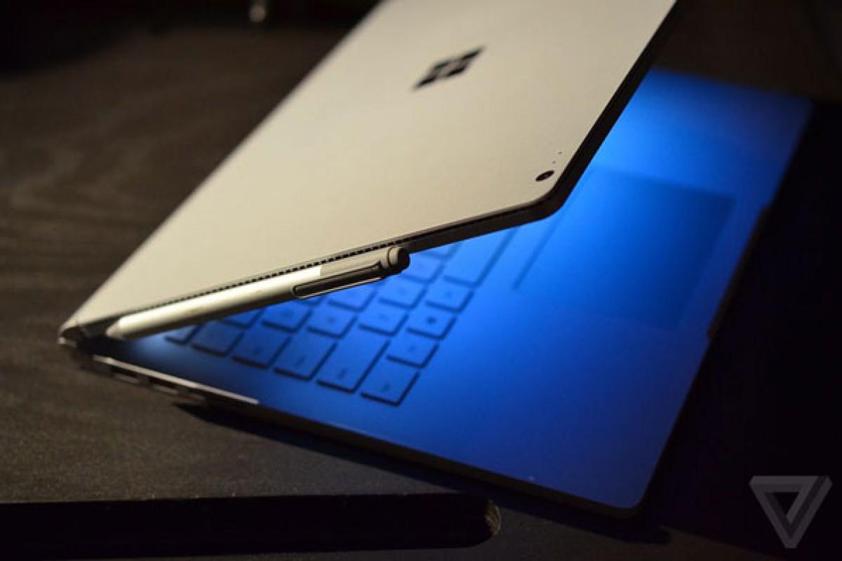 مایکروسافت یک بهروزرسانی برای رفع مشکل نمایشگر سرفیس بوک عرضه خواهد کرد