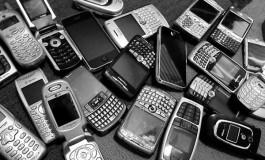 شما بگویید: کدام گوشی سازندهاش را از ورطه شکست نجات خواهد داد؟
