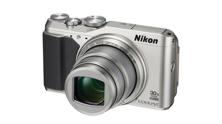 nikon-coolpix-s9900