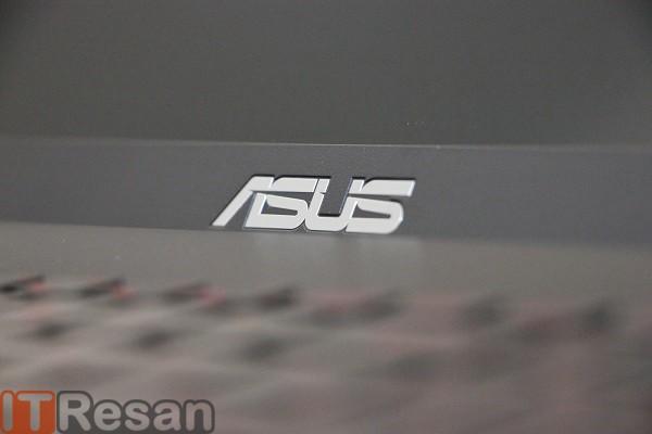 Asus K550 Review (16)
