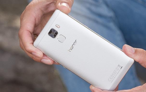 Huawei-Honor-7-Review-TI