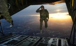 ۲۵ عکس نظامی برتر سال  از ارتش آمریکا که شما را حیرت زده میکند!