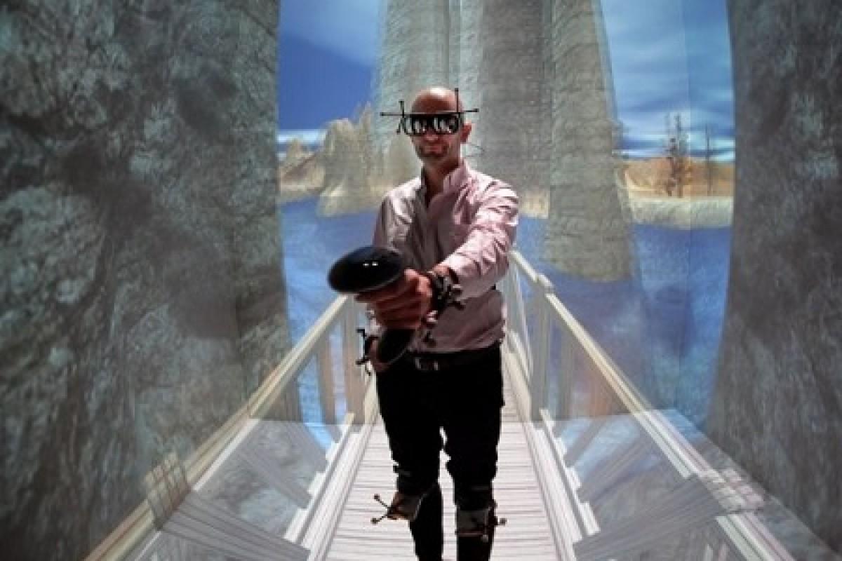 اپل عینک واقعیت مجازی میسازد!