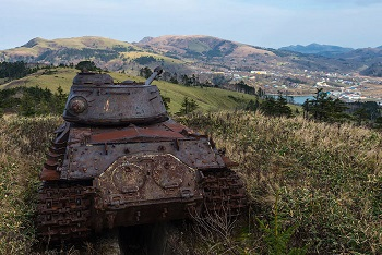 abandoned-army-tanks-that-have-become-a-part-of-nature-23