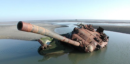 abandoned-army-tanks-that-have-become-a-part-of-nature-26