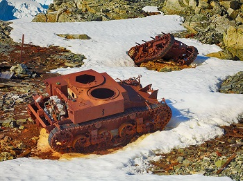 abandoned-army-tanks-that-have-become-a-part-of-nature-27