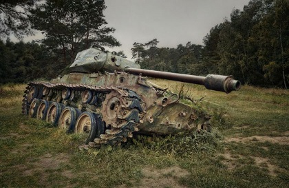 abandoned-army-tanks-that-have-become-a-part-of-nature-28