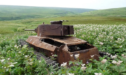 abandoned-army-tanks-that-have-become-a-part-of-nature-33