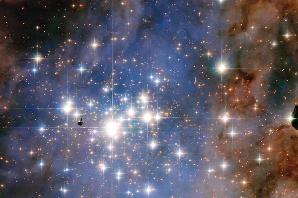 انتشار تصویری از درخشانترین ستارگان کهکشان توسط تلسکوپ فضایی هابل!