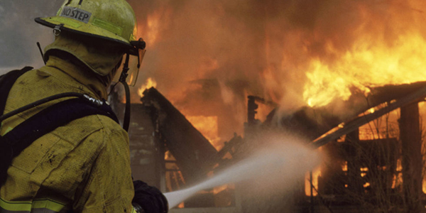 عادتهای خطرناک که ممکن است موجب آتش سوزی شود