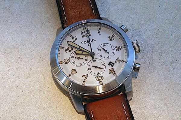 شرکت فسیل ساعت جدید خود با نام Q54 Pilot را معرفی کرد