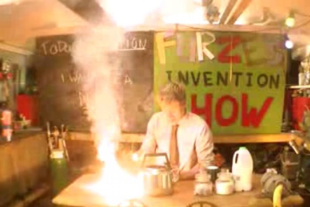 با خطرناکترین روش درست کردن چای آشنا شوید! (به همراه ویدئو)