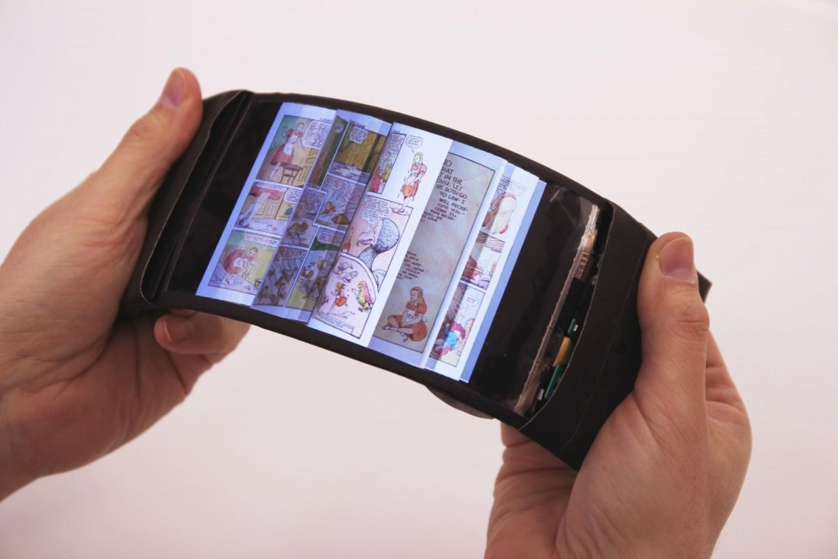 رفلکس نمونه اولیه یک گوشی هوشمند با صفحهنمایش انعطافپذیر است