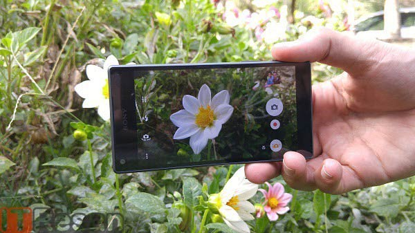 Sony-Xperia-Z5-Compact-11
