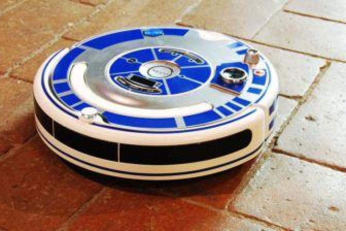 زمانی که بیرون از خانه هستید، R2-D2 خانه شما را تمیز خواهد کرد!