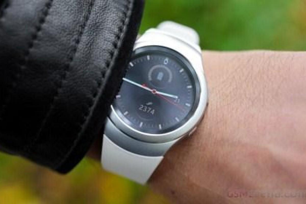 ساعت هوشمند سامسونگ، آپدیت iOS دریافت میکند