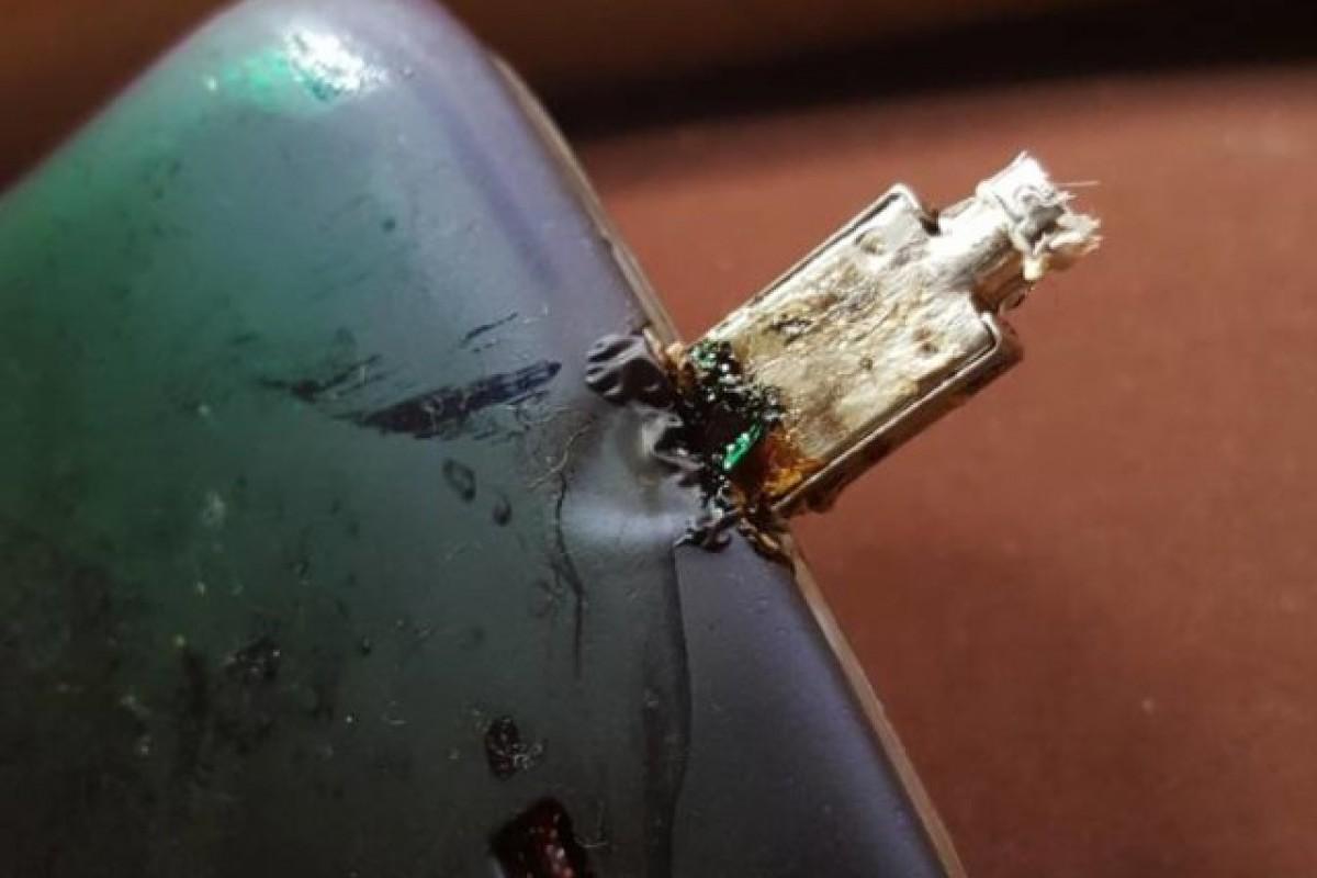 استفاده از شارژر سریع سامسونگ باعث ذوب شدن گلکسی S4 شد!