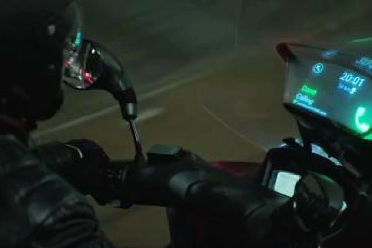 محصول جدید سامسونگ: شیشه جلوی هوشمند در موتور سیکلت!