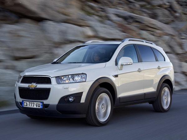 Chevrolet-Captiva-2012-800-05