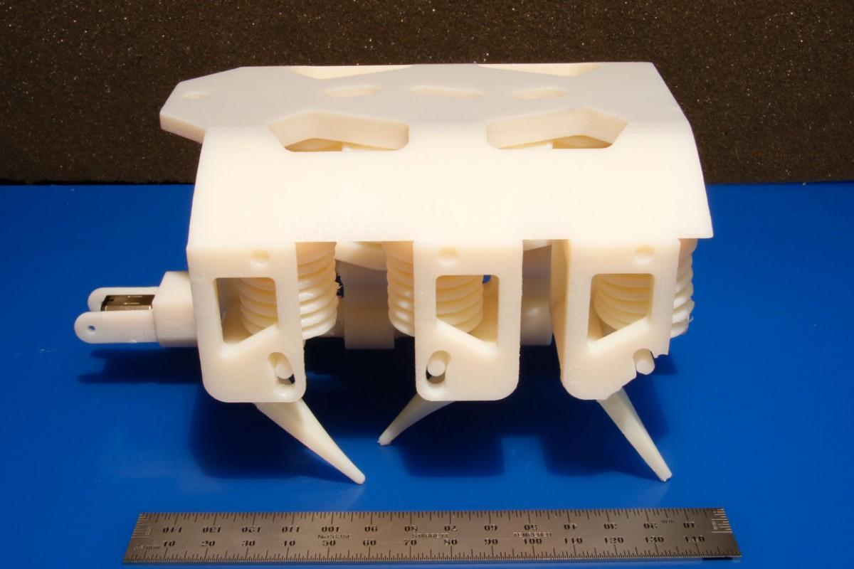 ساخت یک ربات متحرک به کمک پرینترهای سهبعدی