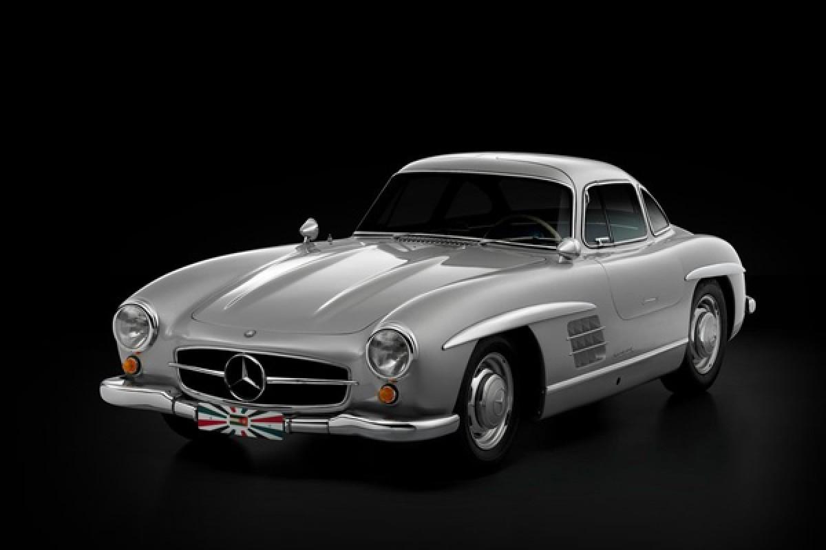 نگاهی به خودروی تاریخی مرسدس بنز: SL300 Gullwing
