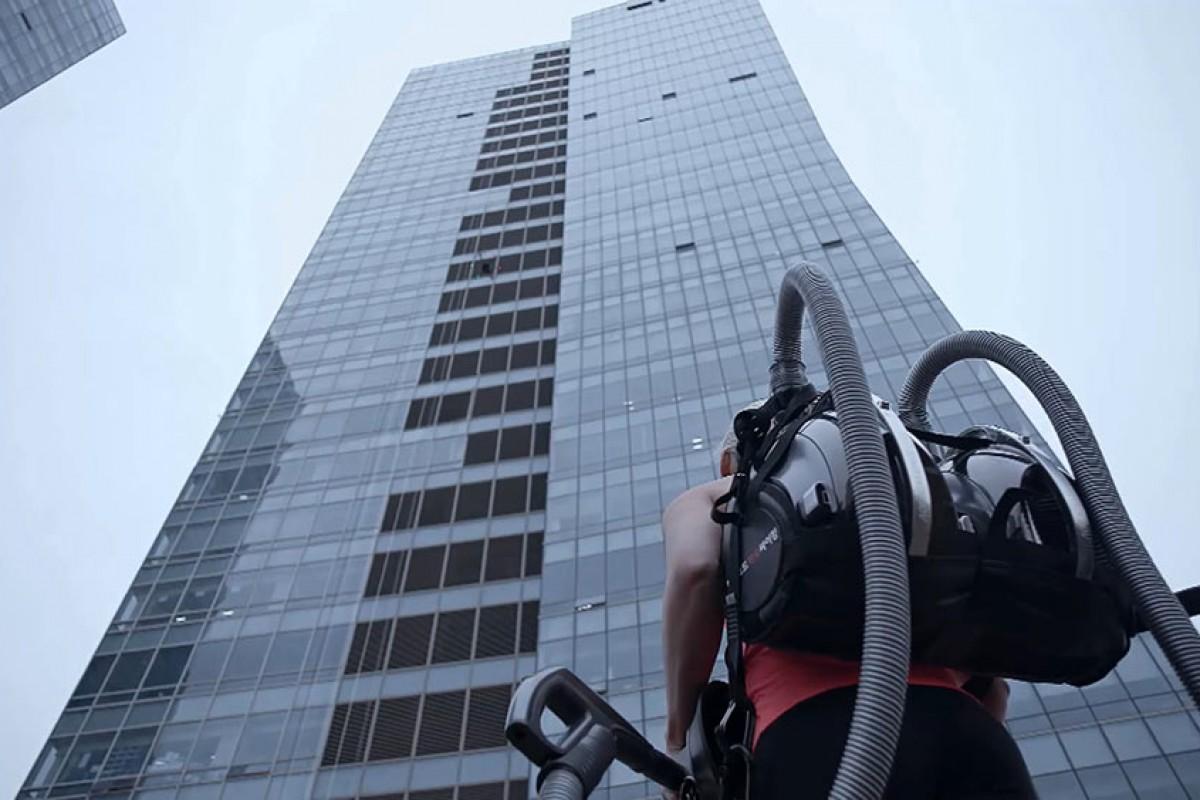 LG-CordZero-Climbing-Stunt-