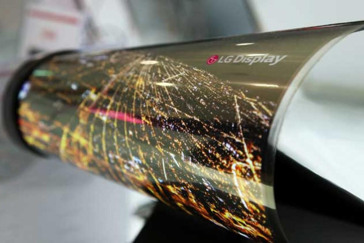 پنلهای OLED پلاستیکی باعث رشد بیشتر گوشیهای منعطف میشوند
