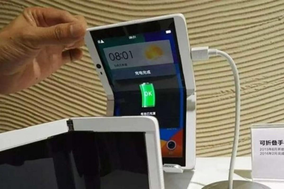 تصویری از نمونه اولیه اسمارت فون تاشونده اوپو