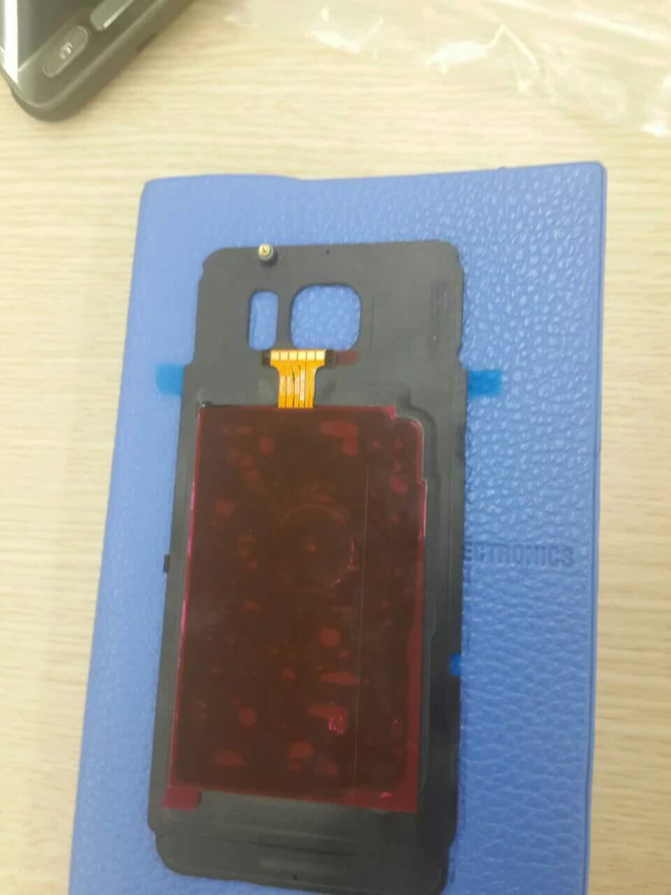 Samsung-Galaxy-S7-Active-leaked-photos (4)