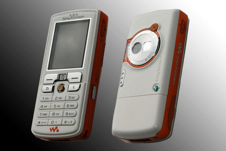 SonyEricsson-W700