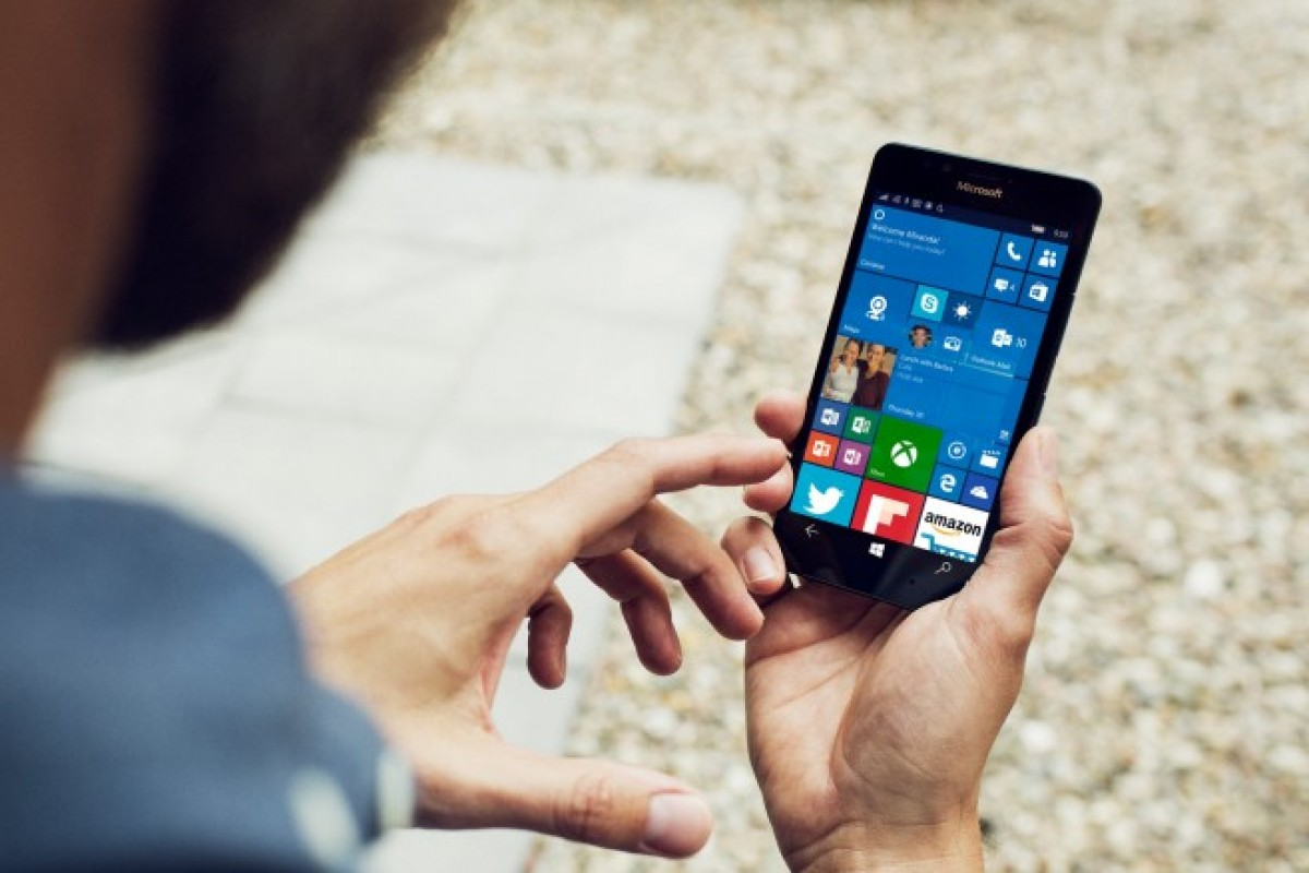 پشتیبانی از نمایشگرهای ۹ اینچی برای ویندوز ۱۰ موبایل