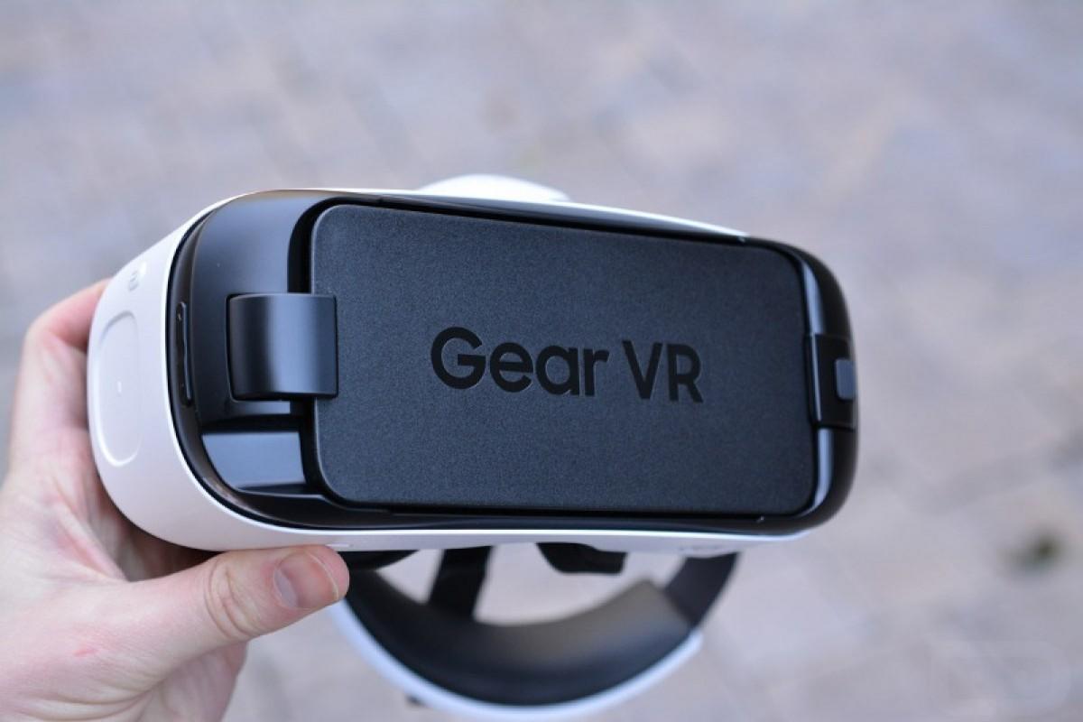 سامسونگ و ساخت یک گیمپد خاص برای هدست واقعیت مجازی Gear VR