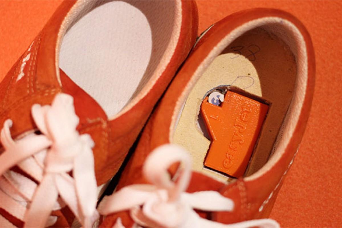 این کفش هوشمند شما را از گمشدن باز میدارد
