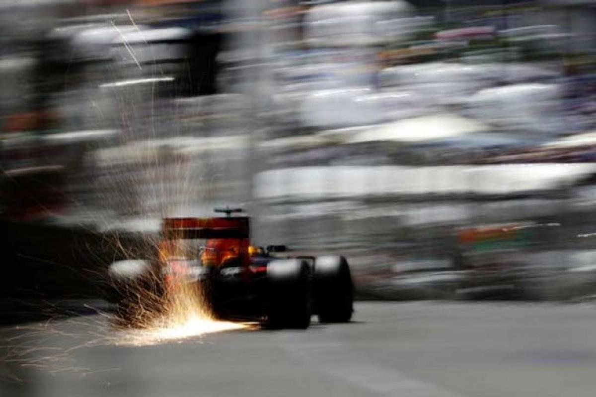 ۱۰ تصویر منتخب هفته از مسابقات اتومبیلرانی جهان!