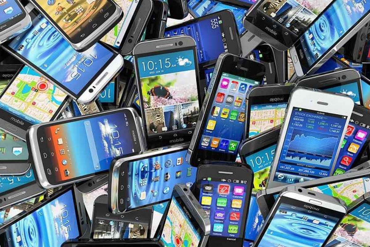 بهترین گوشیهای بازار در محدوده قیمتی ۱ تا ۱.۲ میلیون تومان (بهروزرسانی ۱۳۹۵/۰۹/۰۳)