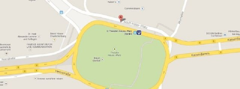 ۱۴۵۹۳۴۶۵۱۵-syn-pop-1459334538-google-maps-hitler-platz
