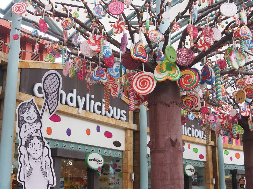 Candylicious-Universal-Studio-Singapore-5780937c7b2a6__880