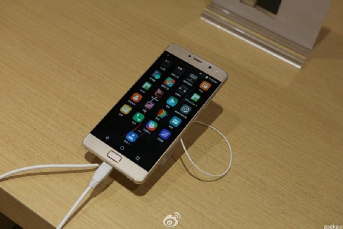 تصاویر گوشی لنوو Vibe P2 با نمایشگر ۵.۵ اینچی منتشر شد