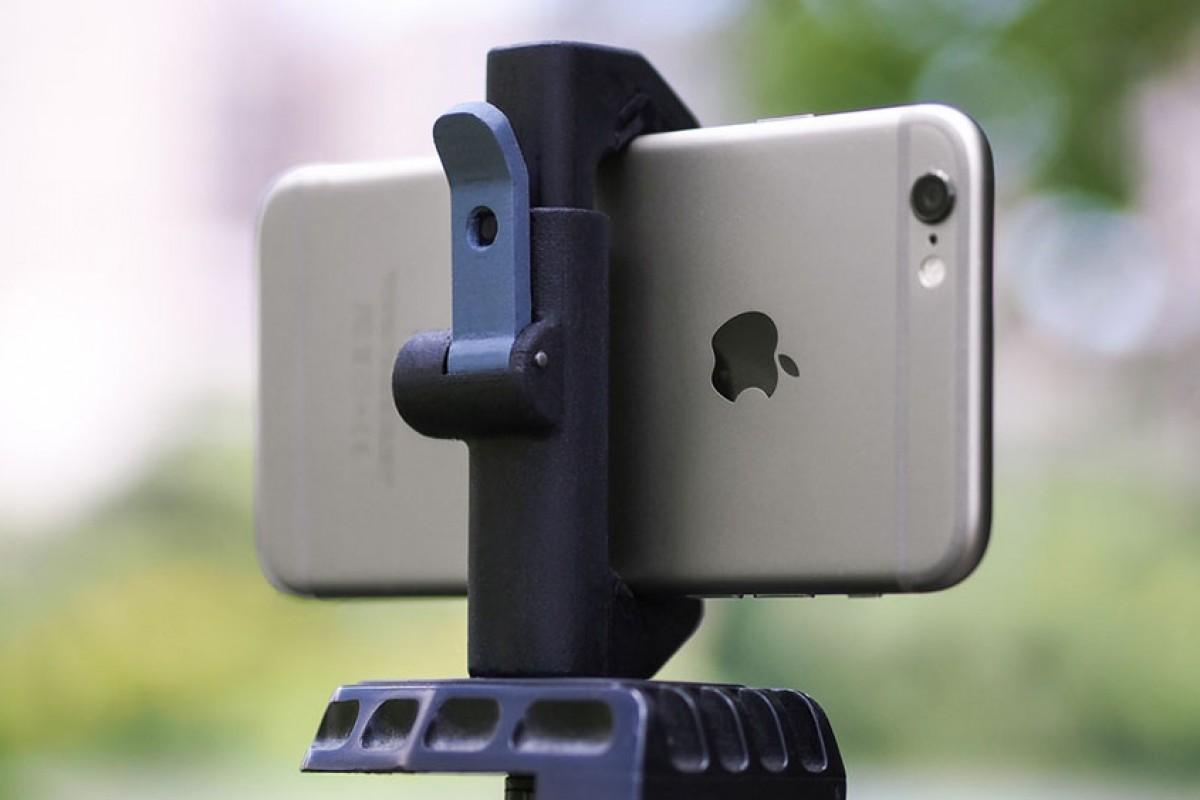 معرفی دستگاه Glif: سه پایهای متفاوت برای گوشی هوشمند شما