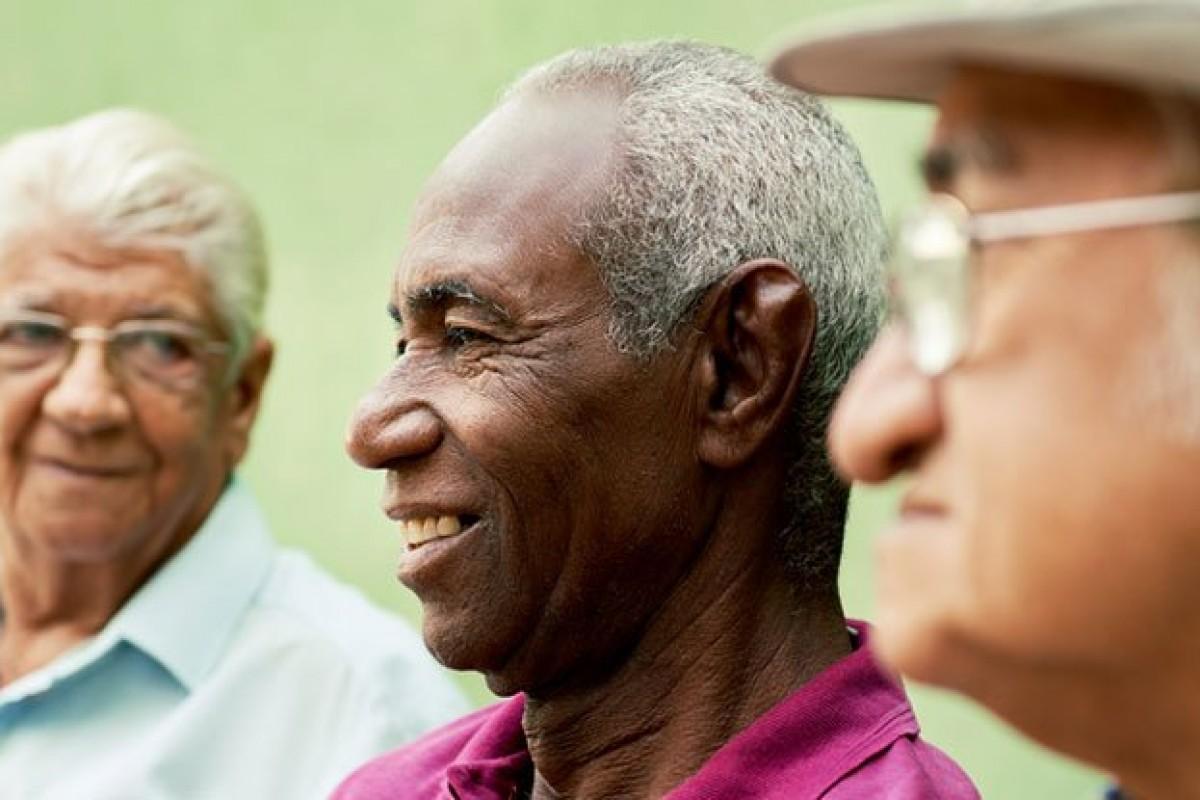 بر طبق تحقیقات اخیر انسانها با افزایش سن شادتر میشوند!