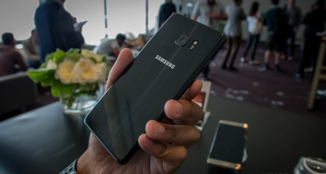 Samsung-Galaxy-Note-7-hands-on-first-batch-AA-7-of-47-840x472