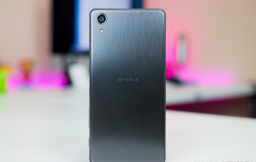 Sony-Xperia-X-Performance-22-840x560