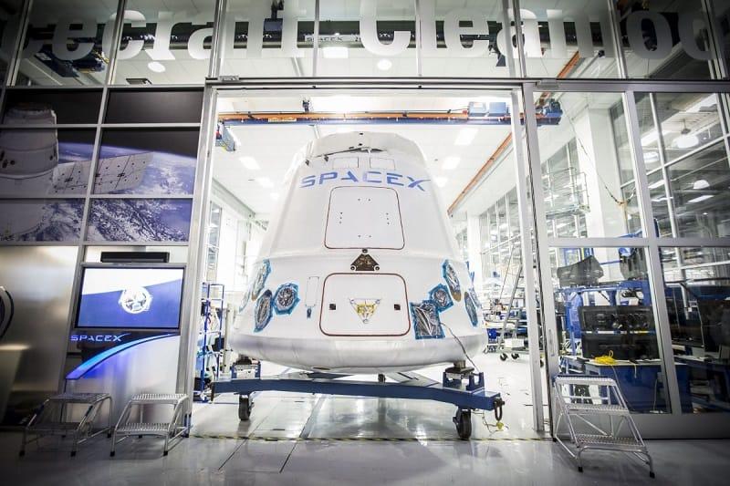 Spacecraft Space X Dragon