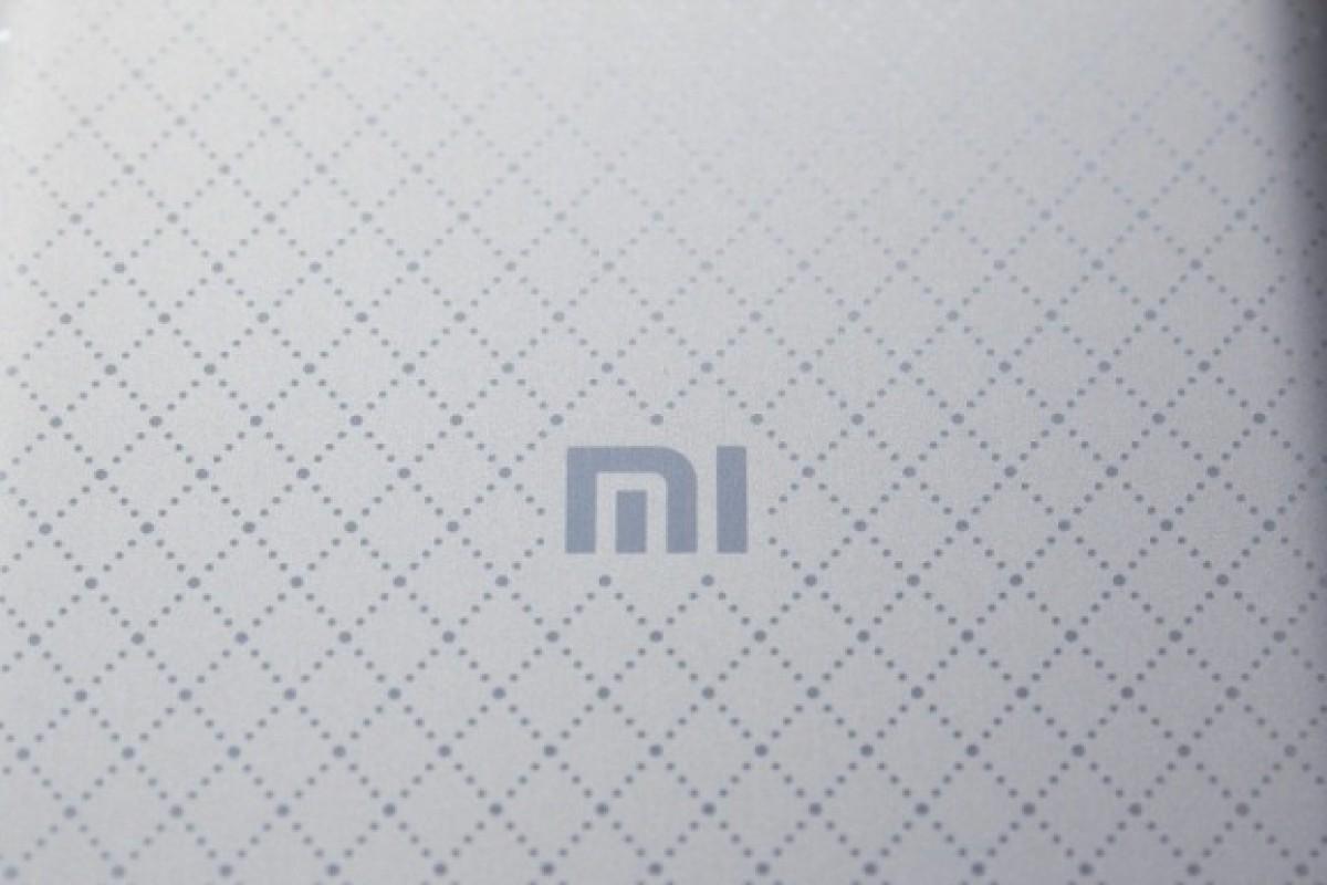 شیائومی Mi Note 2 به شیائومی Mi Pro تغییر نام میدهد!