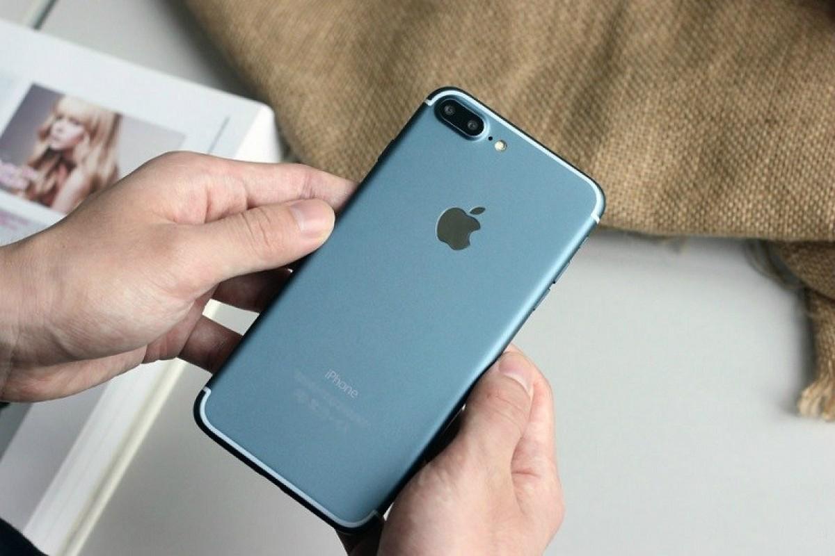 اپل خواهان کاهش قیمت قطعات آیفون ۷ است