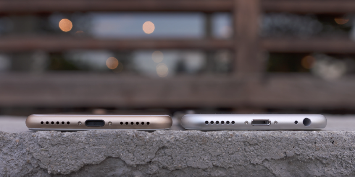 bottom-of-the-iphone-6s-iphone-7