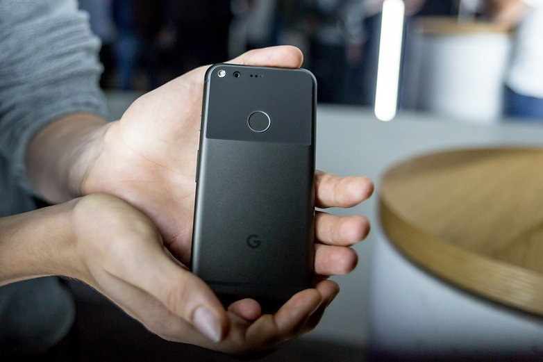 androidpit-google-pixel-event2016-9853-w782